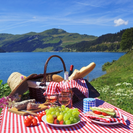 Picnic in beautiful french alpine mountain photo