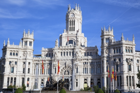 palacio: Cibeles Palace at the Plaza de Cibeles in Madrid, Spain