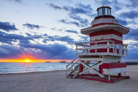 lifeguard tower: Miami South Beach sunrise with lifeguard towe