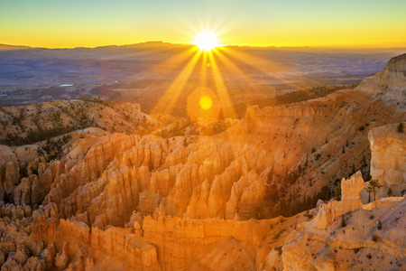 bryce: Amphitheater from Inspiration Point, Bryce Canyon National Park, Utah, USA  Stock Photo