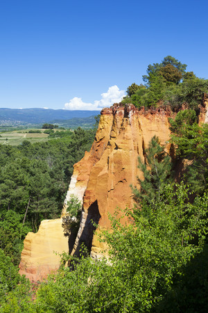 roussillon: Famous Red Cliffs in Roussillon (Les Ocres), Provence, France