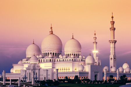 Abu Dhabi Sheikh Zayed Mosque at sunset, UAE 版權商用圖片