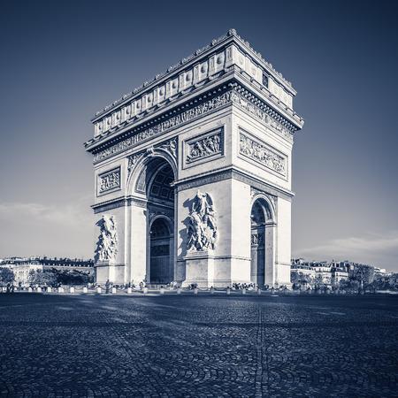 triumphe: Arc de triomphe - Paris - France Stock Photo