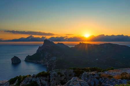 View of sunrise at Cap Formentor, Mallorca, Spain 免版税图像