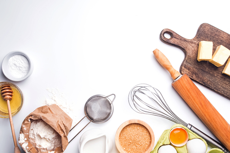 Baking ingredients on the white background, top view Banque d'images