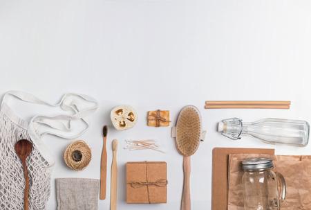 Geen afvalconcept. Herbruikbare en natuurlijke materialen voor badkamer, keuken en hygiëne