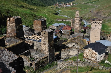 svan: Molto bello il villaggio Usghuli in alto Svaneti, Georgia. Archivio Fotografico