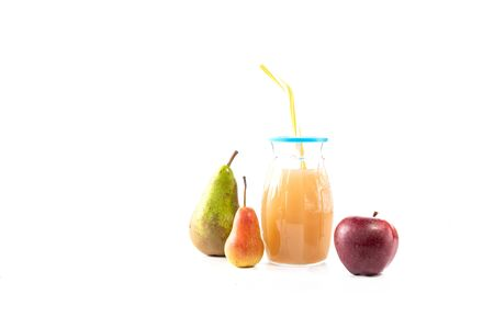 Fruit drink and fruits. Fruit juice on a white background. Foto de archivo
