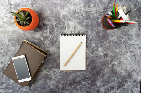 Notebook and pen for recording plans. Preparation for planning. Top. Standard-Bild