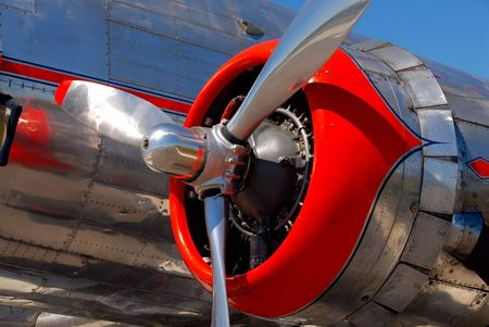 Classic airliner engine and propeller