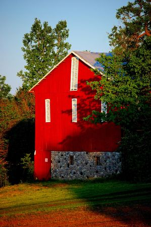 outbuilding: red barn Stock Photo