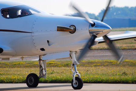 turboprop: turboprop airplane landing