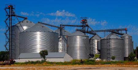 storage units: farm storage units