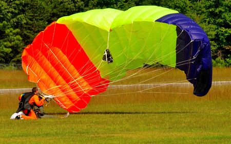 skying: parachute canopy