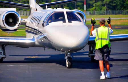 turbofan: liniero dirigir aviones a reacci�n para estacionamiento  Foto de archivo