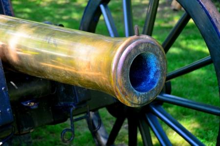 真鍮の大砲