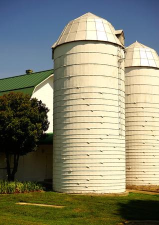 storage: farm storage silos