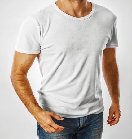 若い男がテンプレートに白い t シャツ 写真素材
