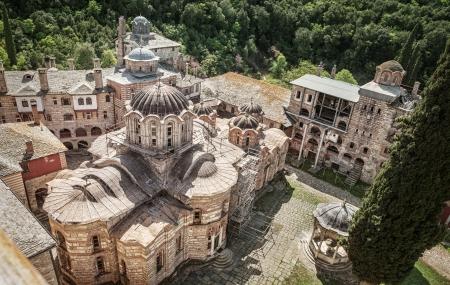 セルビア キリスト教の正統修道院 Hilandar 神聖なマウントの Athos、Chalkidiki, ギリシャ - 共和国の修道士 写真素材