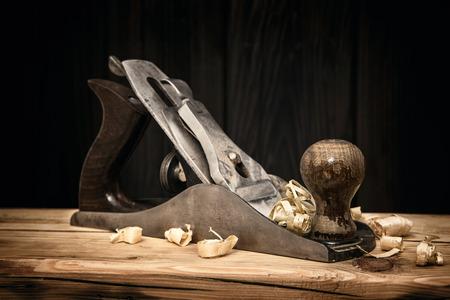 wood turning: Smoothing metal plane on wooden board