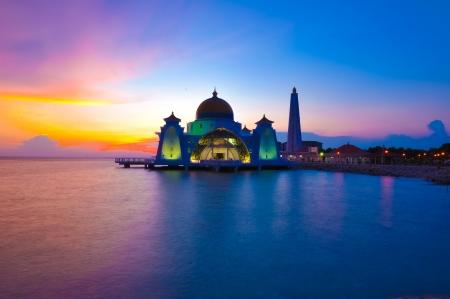 malaysia culture: Masjid selat melaka malaysia