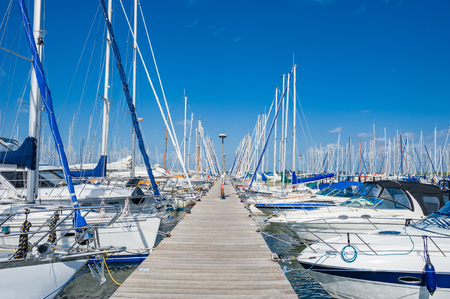 The marina of Heiligenhafen on the Baltic Sea Imagens