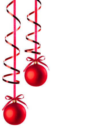 クリスマス ツリーで白で隔離中のリボンでクリスマスつまらないもの 写真素材