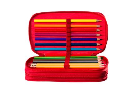 Schrijven en tekenen gereedschap in een pennenbakje voor school, kantoor en thuis.