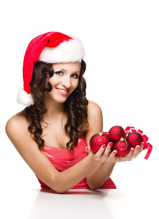 サンタ クロースの帽子で美しい少女