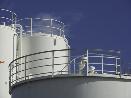 seaports: in port