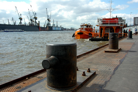 seaports: port