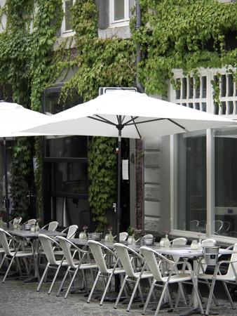 maas: Sidewalk Cafe