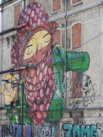 grafiti: facade Editorial