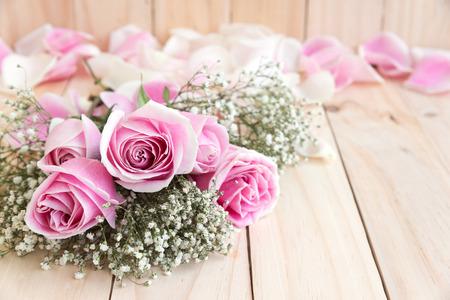 amadores: rosas para el amante con copia espacio, flor hermosa, el amor concepto de día de San Valentín, boda y aniversario