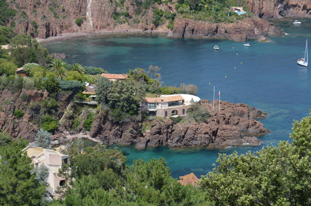 tropez: Turquoise Sea in France Celebrity Villa in St Tropez