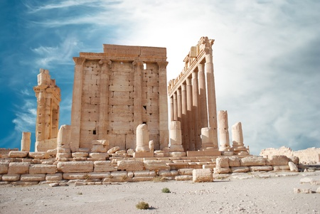 east gate: Ancient Roman time town in Palmyra, Syria.  Stock Photo