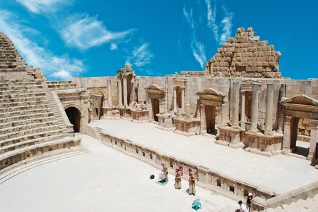 hadrian: Ancient Jerash. Ruins of the Greco-Roman city of Gera at Jordan  Editorial