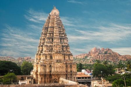 karnataka: Templo en Hampi, el estado de Karnataka, India
