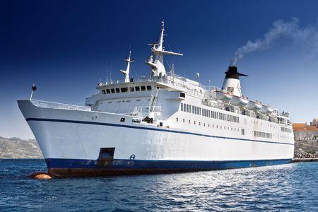 Cruise ship Stock Photo - 6209711