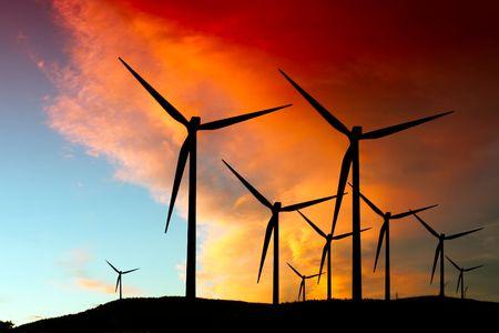viento: Silueta de granja de viento