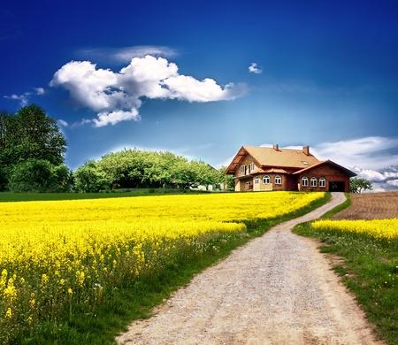 Land Landschaft mit neuen Haus