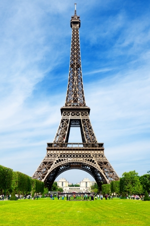 romantic places: The Eiffel Tower