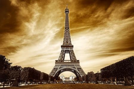 paris vintage: Torre Eiffel en París