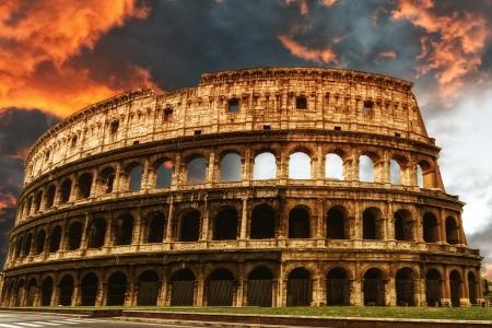 roman amphitheater: Colosseum, Rome