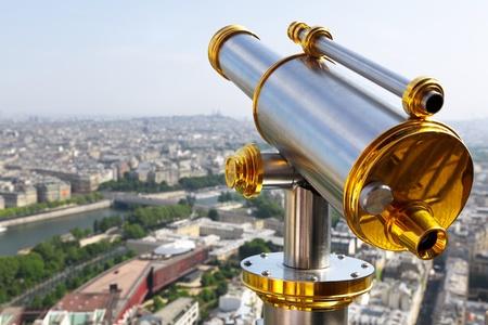 fernrohr: Eiffel-Turm-Teleskop Lizenzfreie Bilder