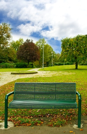 Green bench in the park Stock Photo - 12605316