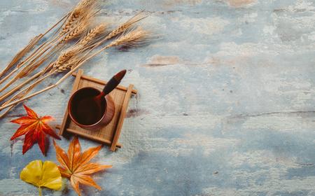 Creative autumn tabletop placement Archivio Fotografico