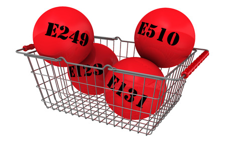 Gesundheitsschädlich Lebensmittelzusatzstoffe in den Warenkorb legen Standard-Bild - 42863303