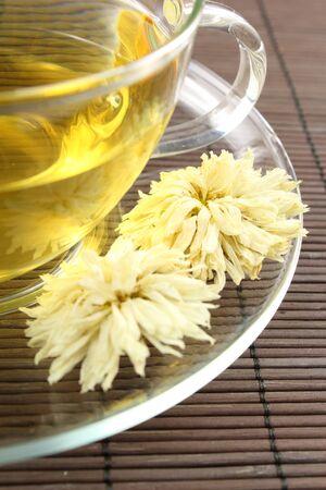 chrysanthemum tea from dried chrysanthemum morifolium flowers 版權商用圖片