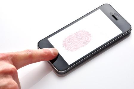Smartphones mit Fingerabdruck Standard-Bild